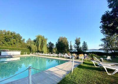 L'area piscina di Villa Cocca.